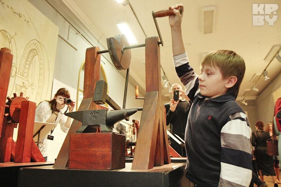 Выставка рассказывает о да Винчи как о великом ученом-мечтателе, человеке, стремившемся гармонизировать окружающий мир
