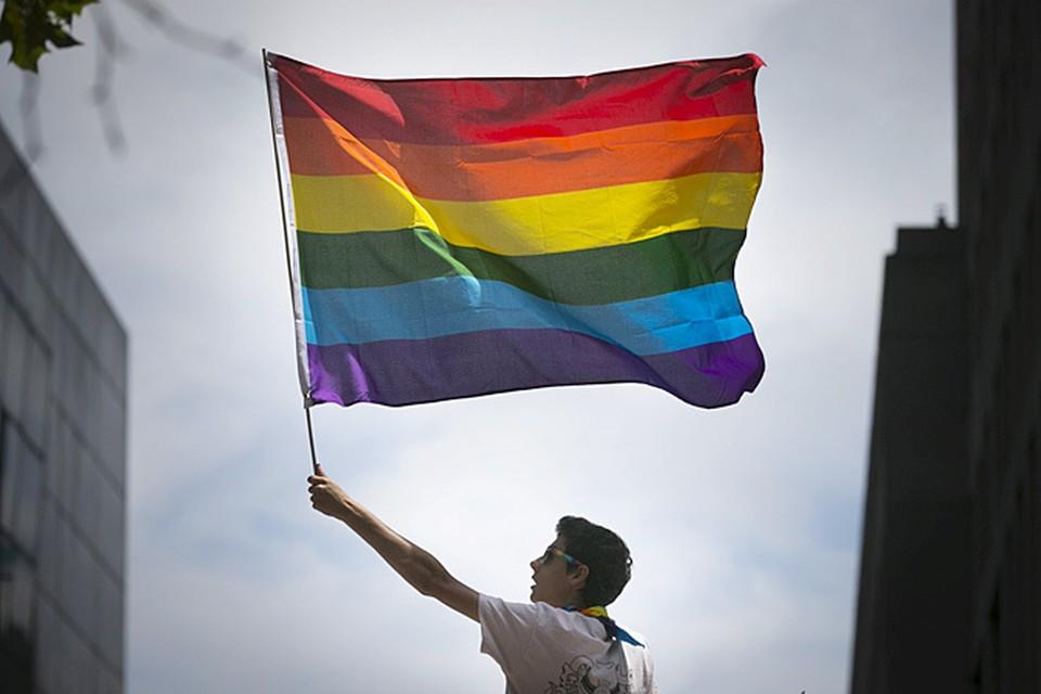 В том, что Окно Овертона, позволяющее легализовать любую самую страшную или отвратительную идею, действительно работает, на прошлой неделе убедились все жители планеты, когда США под салют признали гей-браки