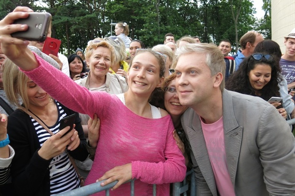 Светлакова ждал, пожалуй, самый теплый прием, и шоумен ответил публике тем же.