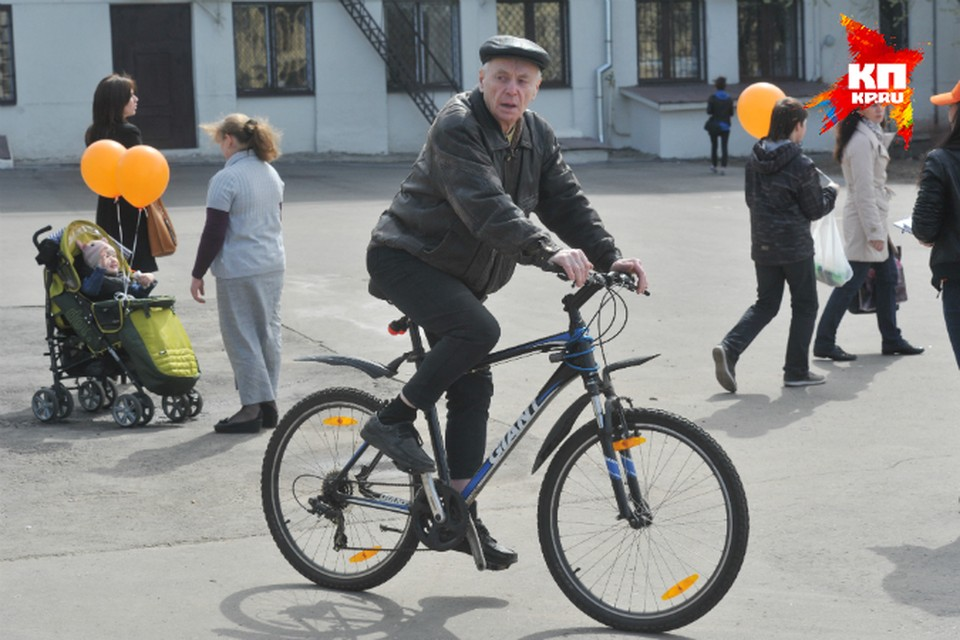 Не исключено, что некоторым заполярным пенсионерам придется пересесть на велосипеды - за 22 рубля за одну поездку не особо наездишься.