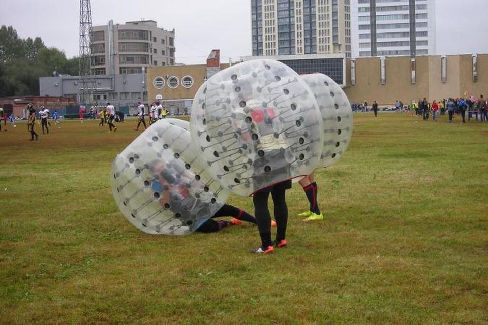 Бег в шарах - бампербол