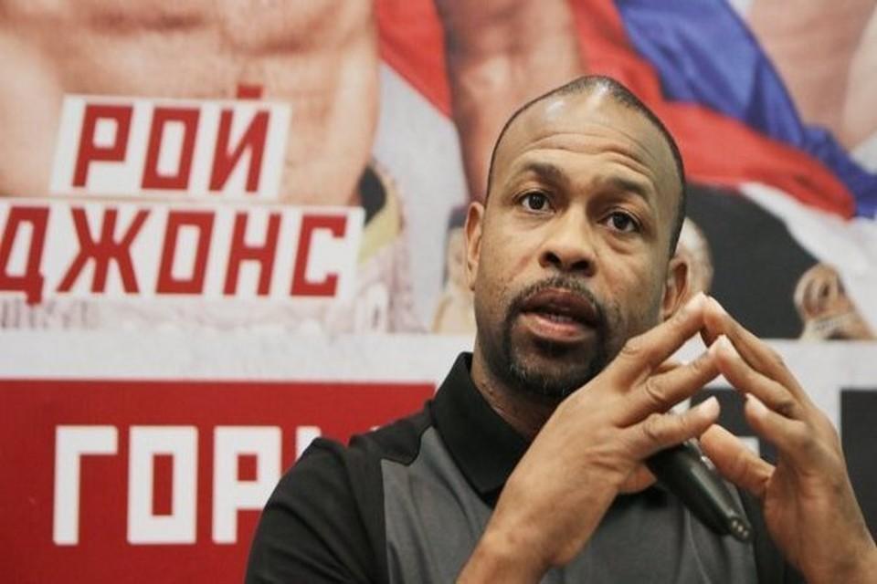 Путин предоставил российское гражданство боксеру Рою Джонсу