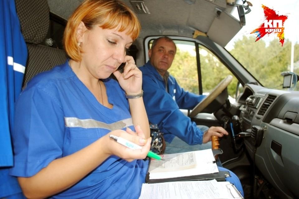Корреспондент «КП» выяснила, каково работать врачам неотложки.