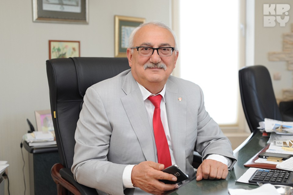 Владелец табачной фабрики и сети гипермаркетов «Корона» Павел Топузидис.