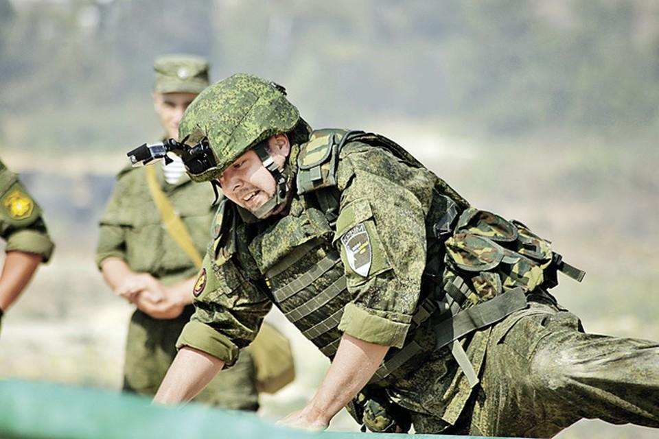 Иностранный «солдат неудачи», который получил возможность послужить на флоте РФ - в качестве участника reality show. Фото: Семен СМОРОДИН