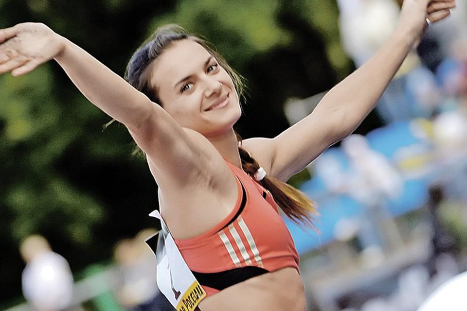 Елена Исинбаева – даже написала открытое письмо в ИААФ с призывом не допускать дисквалификации российской сборной.