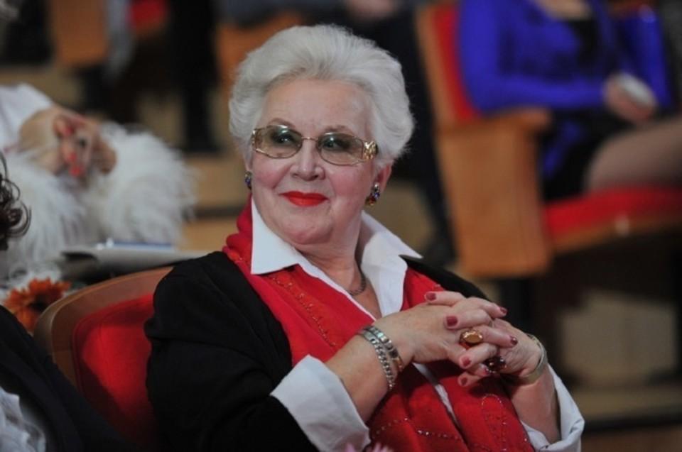 Диктор Центрального телевидения Анна Шатилова 26 ноября празднует день рождения