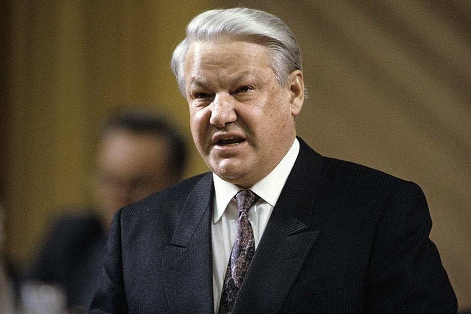 Открытие «Ельцин-центра» в Екатеринбурге, вызвало яростную общественную дискуссию. В СМИ так не ругались со времен первой попытки выноса тела Ленина из Мавзолея.