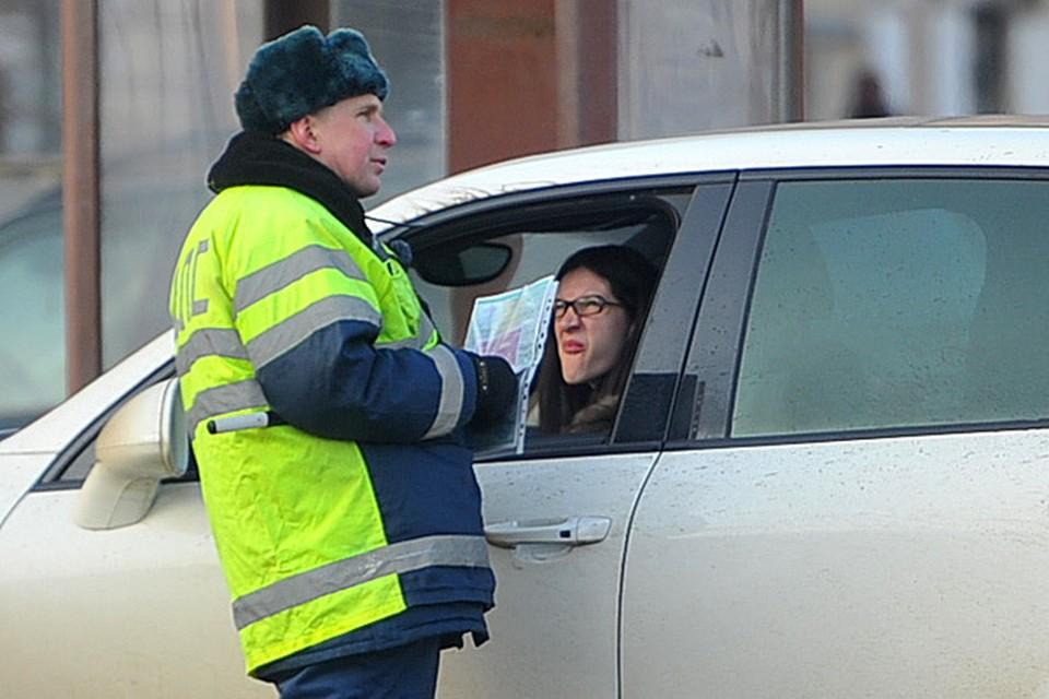 Челябинцев начнут лишать водительских прав за долги уже после Нового года