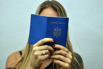 Почему пограничники не имеют права требовать финансовое обеспечение туриста из Молдовы на каждый день...