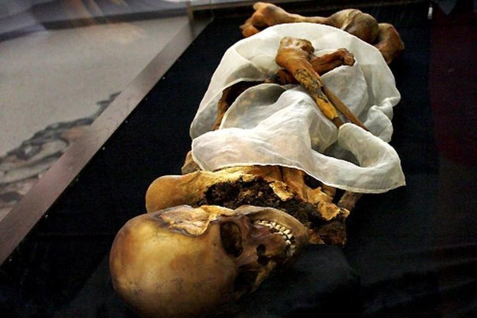 Шаманы считают, что мумия приносит им несчастья. ФОТО: zapoved.net