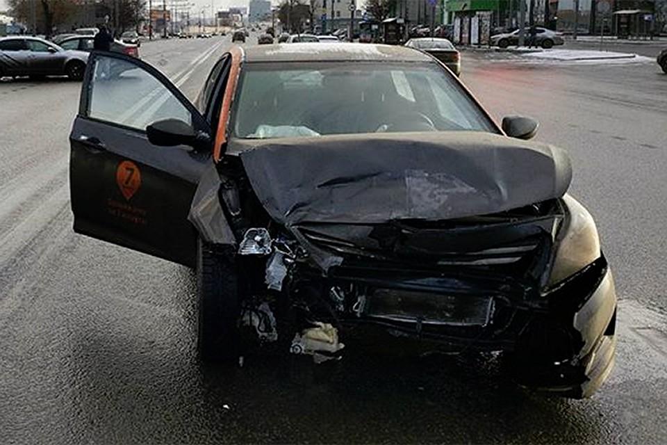 Каршеринг отменит 500-тысячный штраф за разбитое авто 07348dfcd6d