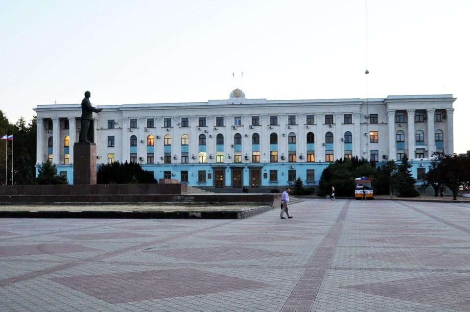 Шестак, Жданов и Безсалов покинут свои кресла.