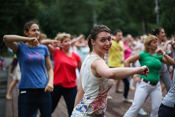 Бесплатные модные танцы в парках Москвы