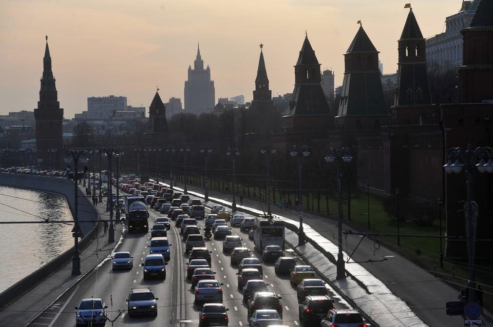 День без автомобилей в Москве закончился 9-балльными пробками