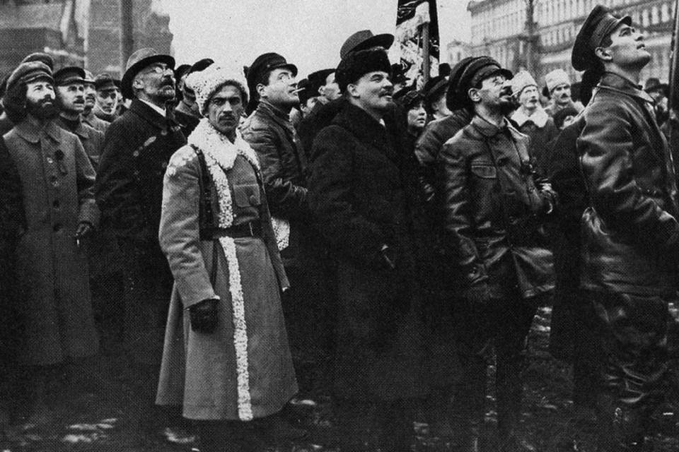 Чем была победа большевиков для России – светом в конце туннеля или же вселенским злом? Фото: Викимедиа