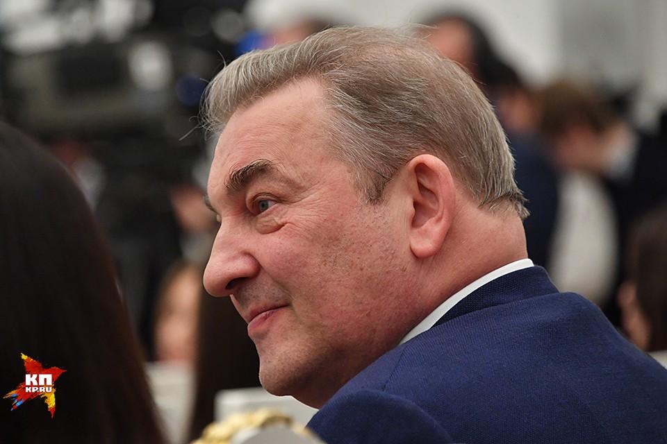 Владимир Путин вручил государственные награды российским спортсменам - победителям и призерам зимних Олимпийских игр в Пхенчхане