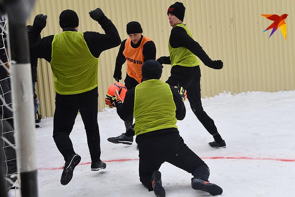 Мамаев сыграл в футбол на поле СИЗО «Бутырка»