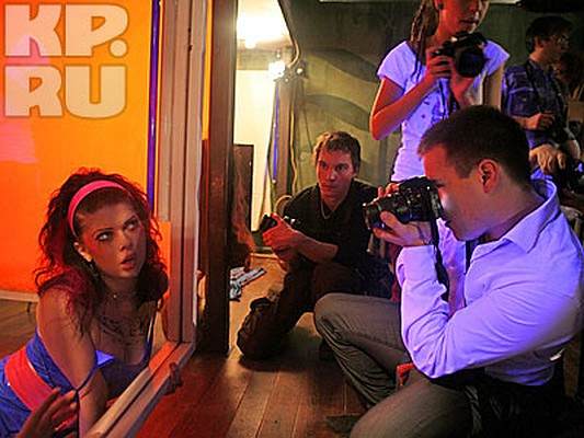Скрытые камеры в клубах москвы видеоролики девчонки