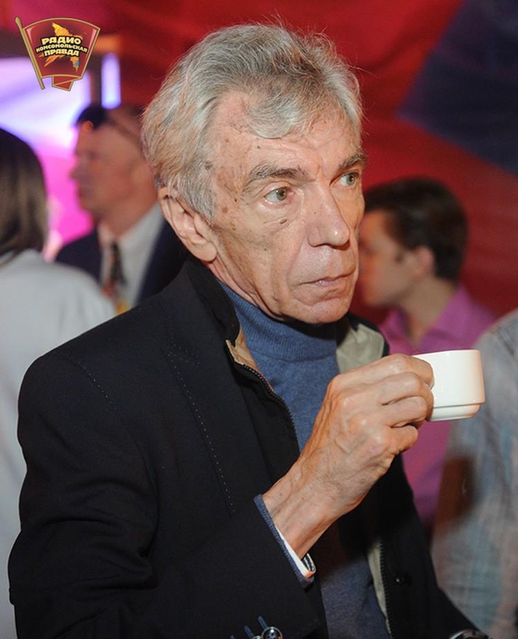 Юрий Николаев пьёт просто термоядерный кофе - очень крепкий!