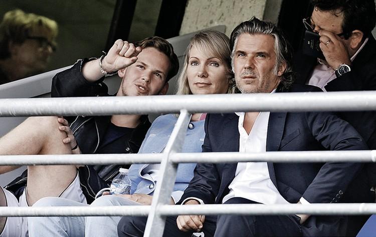 «Королева Марго» с сыном Кириллом (слева) и президентом клуба «Олимпик Марсель» Венсаном Лабрюном. Фото: Jean Catuffe/Getty Images