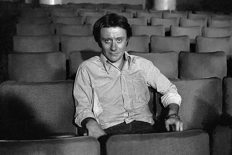 Андрей Миронов умер на гастролях театра Сатиры в Риге в августе 1987 года.