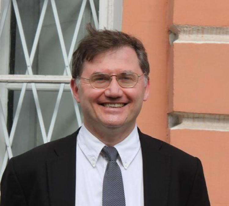 Профессор Рауль Гайнетдинов.