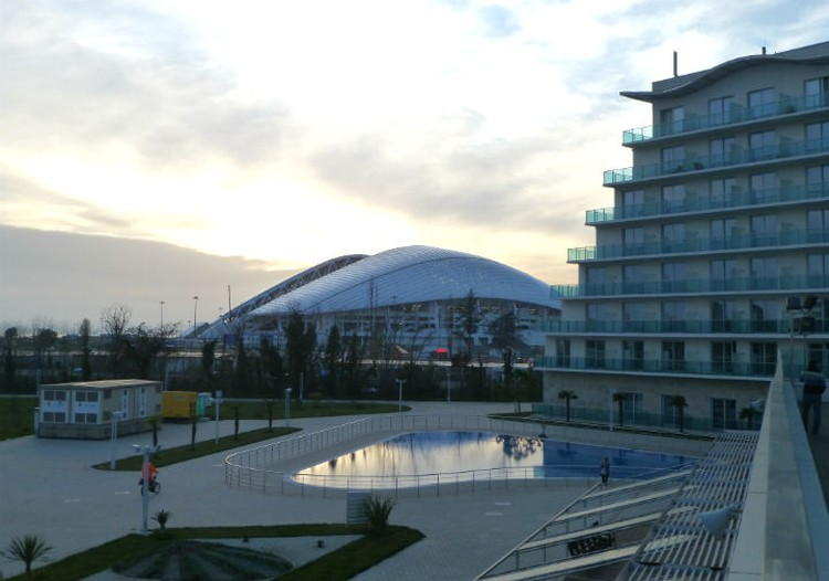 """В """"Сириусе"""" - развитая инфраструктура: есть бассейны и спортплощадки"""