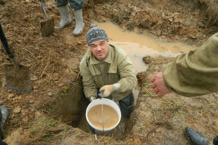В тяжелых условиях приходится работать поисковикам Фото: Предоставил Евгений Шаповалов