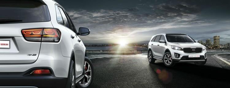KIA Sorento Prime предлагается в России с двумя типами двигателей: бензиновым V6 рабочим объемом 3,3 л мощностью 250 л.с. и дизельным двигателем объемом 2,2 л мощностью 200 л.с.