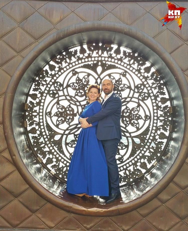 """""""Вечность"""" - подписала это фото супруга Константина Довлатова Эльмира в соцсетях. Фото: личный архив."""