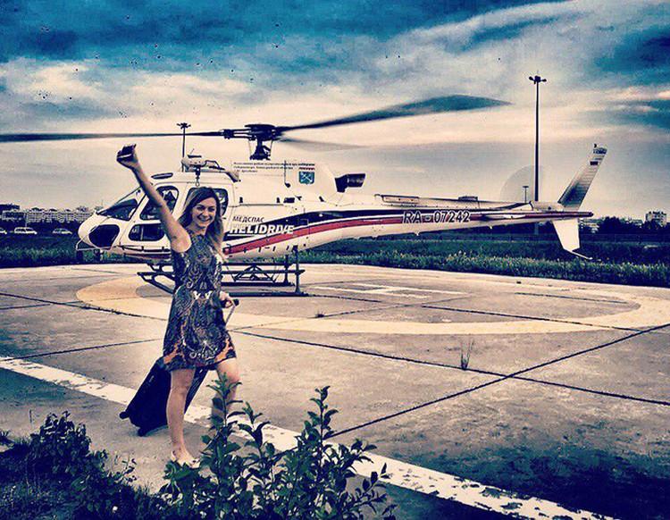 Вертолетная стоянка, аренда, сделки по продаже, полеты - работа стала ее стихией