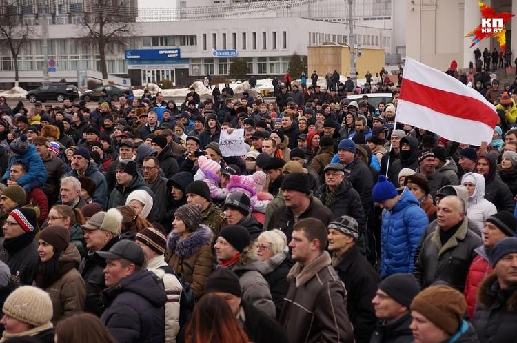 На площади Ленина милиции в форме тоже не было