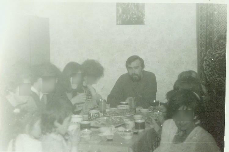 Александр Куренков с последователями в Феодосии в 90-е годы
