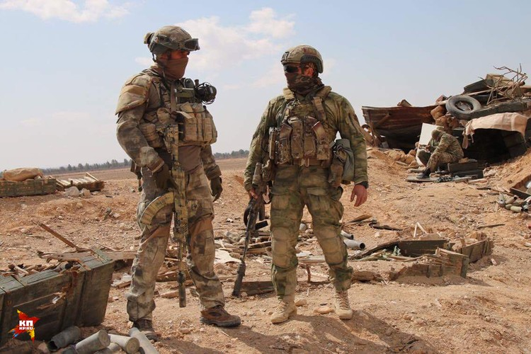 Спецназовцы экипированы самым современным оружием и обмундированием