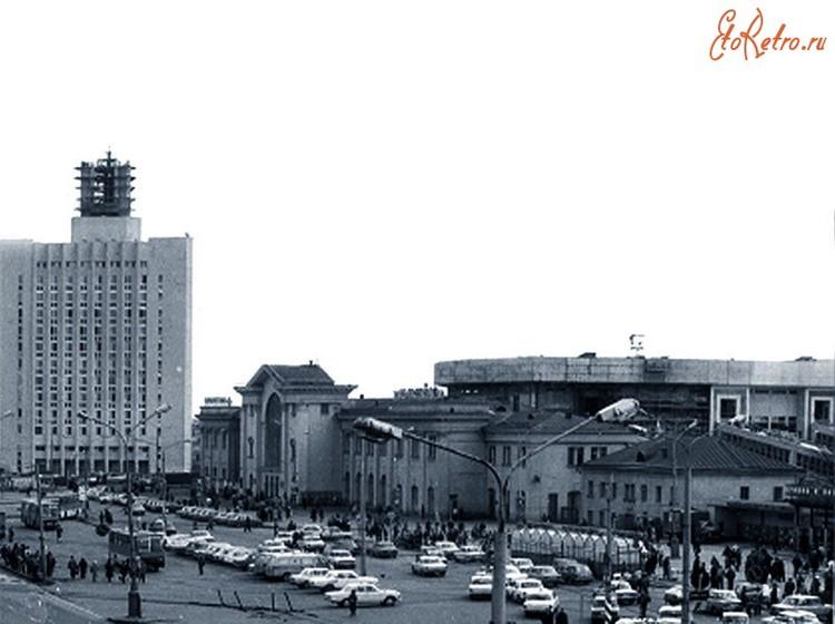 """Вид на старое здание железнодорожного вокзала """"Минск-Пассажирский"""" не задолго до его сноса. Источник: pastvu.com"""