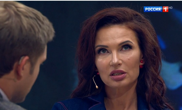 """""""Я не могу без публичности, без своей профессии, без телевидения"""", - призналась Бледанс. Фото: кадр видео."""