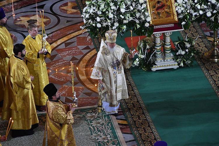 В ночь с 6 на 7 января православные встречают второй по значимости церковный праздник - Рождество Христово