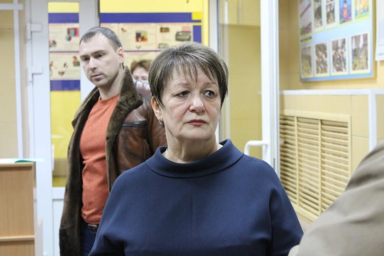 Директор школы Татьяна Цейтлина рассказала, что школьники сегодня будут заниматься по обычному расписанию.