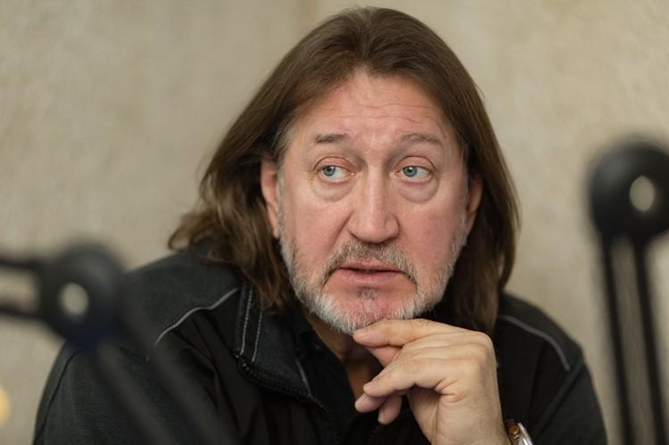 В прошлом году министерство культуры Италии вручило нам с Леонидом Марголиным премию.