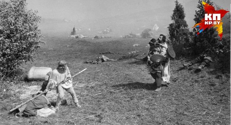 И еще одна сцена с участием Короткевича: поле брани. Фото: архив семьи Владимира Короткевича