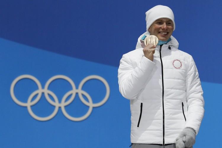 На лыжи Денис впервые встал в детском садике «Сказка»