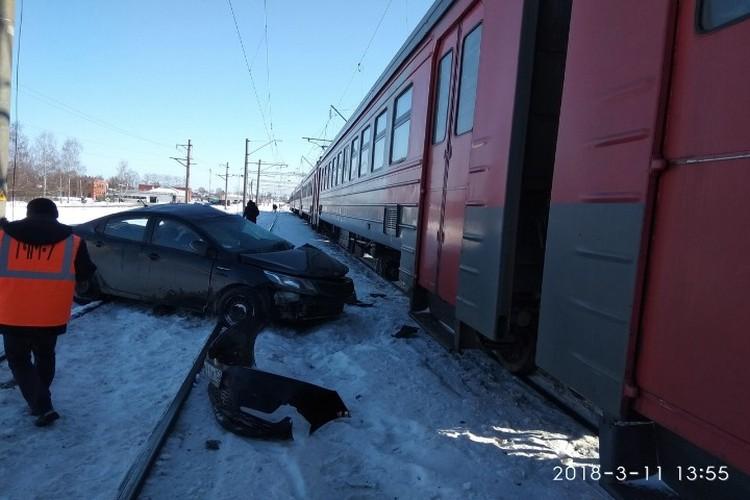Водитель автомобиля погиб на месте. Фото: Павел Смирнов