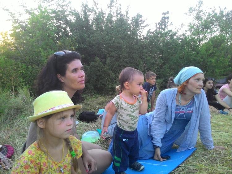 В Крым съезжаются волонтеры со всей страны.