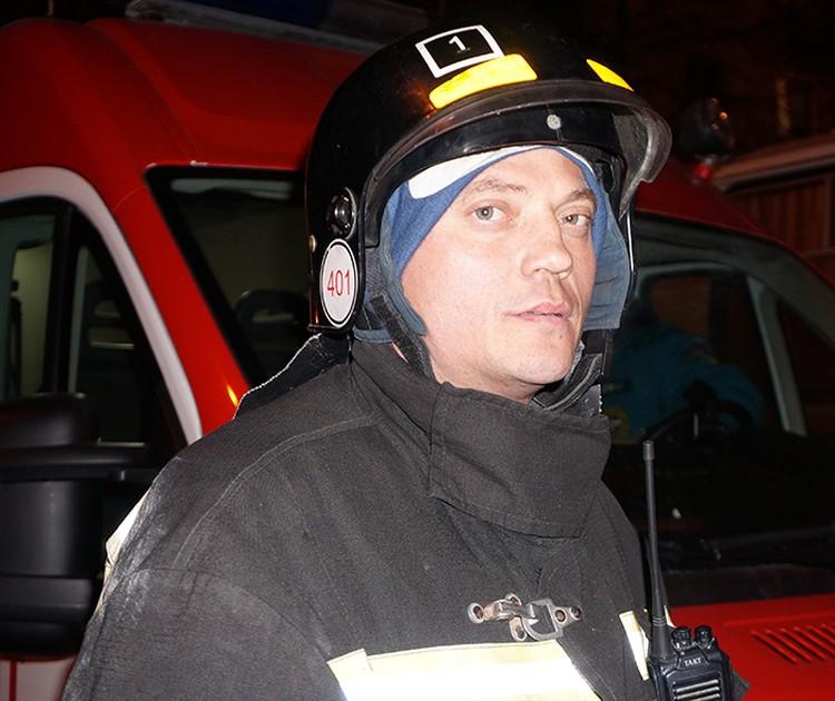 Игорь Сорокин, начальник пожарно-спасательной части №1 Кемерова, работал как раз на центральном входе