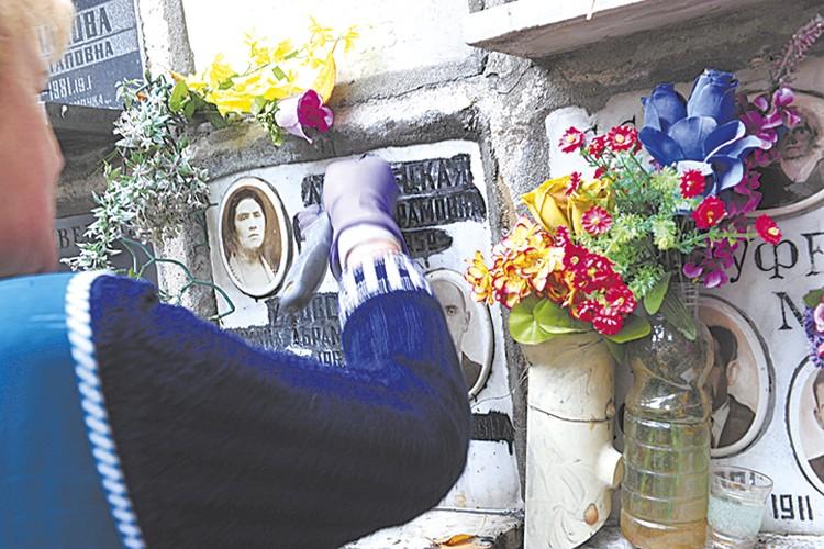 Кладбища заменят колумбарии, где найдется место для урн с прахом усопших.