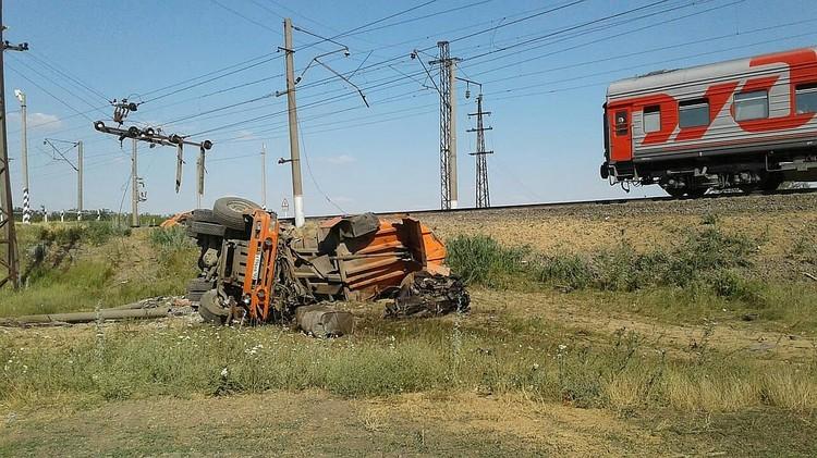 Известно, что в КамАЗ перевозил зерно. Фото: ЛЕНЕВСКАЯ Ирина