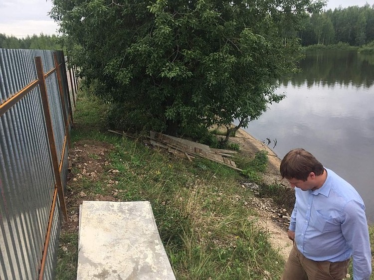Владелец земельного участка перекрыл доступ к пруду