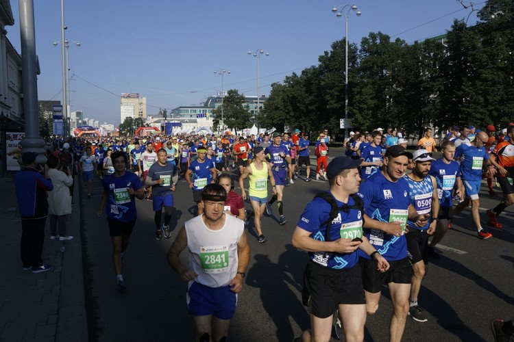 Участников - больше 6 тысяч