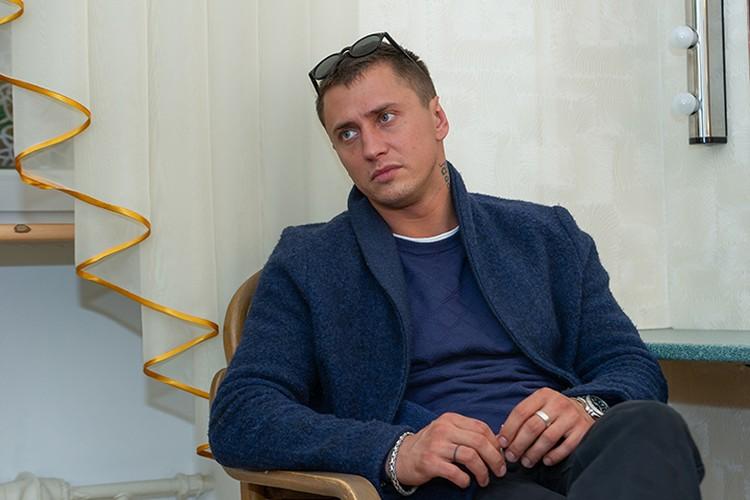 Павел Прилучный сейчас снимается у Михалкова в картине «Союз спасения».